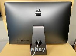 Apple iMac Pro 2017 27 3.2GHz 8-Core Intel Xeon W 64GB 2TB SSD Read